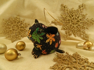 Black with Colorful Snow Guinea Pig Ornament