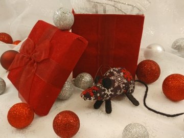 Black with Red & Silver Snow Mouse/Rat Ornament