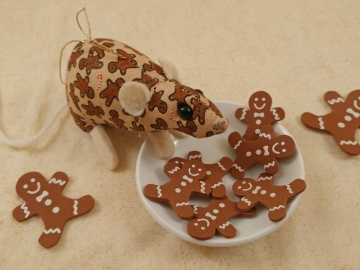 Gingerbread Mouse/Rat Ornament