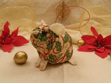 Red Ribbons & Holly Guinea Pig Ornament