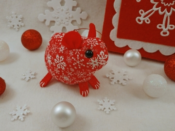 Red with White Snow Guinea Pig Ornament