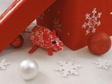 Red with White Snowflakes Mouse/Rat Ornament